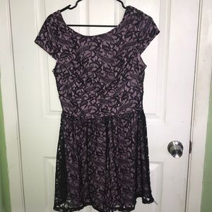 Light purple lace dress (short)